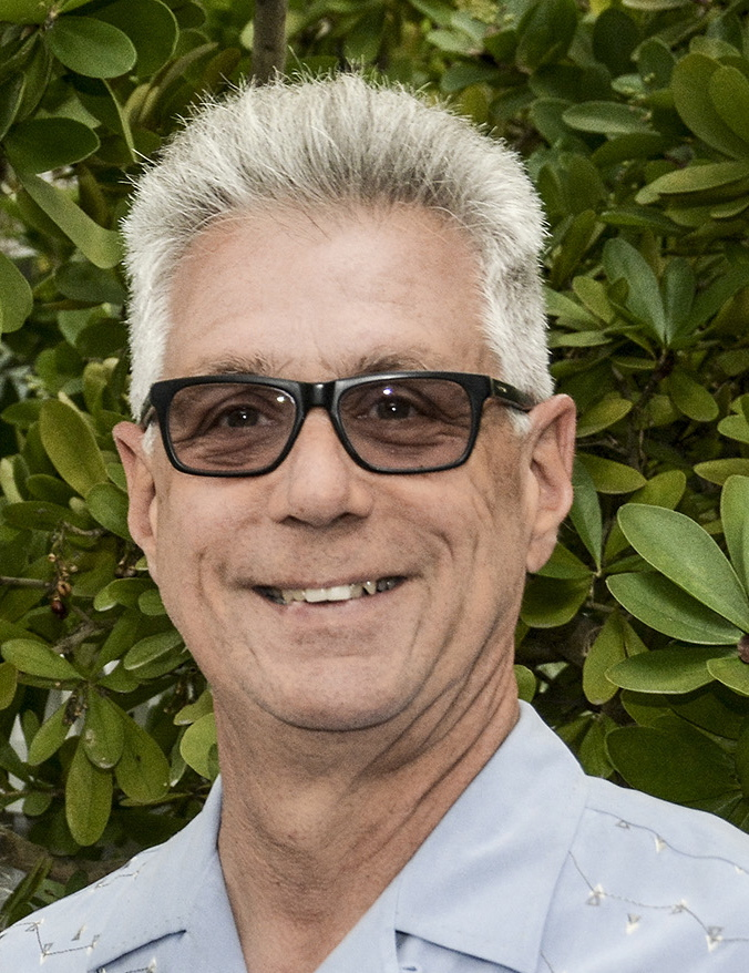 CFFK Chairman Roger Heinen